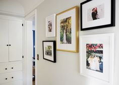 Mini Home Updates :: Creating a Chic Family Photo Gallery Wall