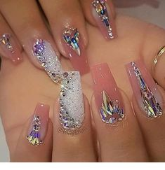"Determine additional details on ""top nail art designs"". Have a look at our site. Ongles Bling Bling, Bling Nails, Glitter Nails, Jewel Nails, Sexy Nails, Glam Nails, Love Nails, Fabulous Nails, Gorgeous Nails"