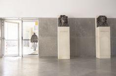 BUSTOS DE NUNO GRANDE E CORINO DE ANDRADE - Bustos em bronze, com bases em cimento armado. 2016