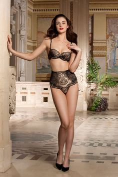 Lise Charmel: Magie Veda – A perfectly charming collection, the Magie Veda designs by Lise Charmel are truly elegant. Luxurious lace and retro styling make this collection unforgettable. Enjoy French luxury with Lise Charmel.