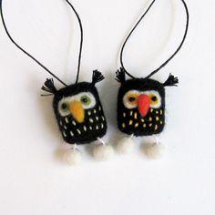 Felt bird ornament : Halloween mini FUZZ owl pair v3. $21.75, via Etsy.