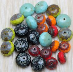 Pick your color! 12pcs 14mm Tree of Life Czech glass beads