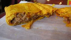 Jamaican chicken patties a Jamaica all time favorite, I will be attempting this tasty dish stay tune. Jamaican Chicken Patty Recipe, Chicken Patty Recipes, Jamaican Beef Patties, Jamaican Patty, Jamaican Recipes, Caribbean Chicken, Carribean Food, Caribbean Recipes, Empanadas