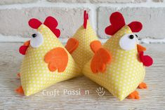 Chicken Pattern, Lucky - Free Sewing Pattern • Craft Passion Sewing Hacks, Sewing Crafts, Diy Crafts, Sewing Tips, Sewing Tutorials, Sewing Patterns Free, Free Sewing, Pattern Sewing, Fabric Sewing