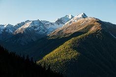 Zu den winterlichen Lais da Macun - In der Natur unterwegs Mount Everest, Nature, Travel, God, National Forest, Bows, Alps, Naturaleza, Trips