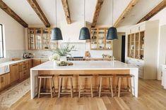 Home Decor Kitchen, Kitchen Interior, New Kitchen, Home Kitchens, Natural Kitchen, Earthy Kitchen, Natural Wood Kitchen Cabinets, Light Wood Cabinets, Light Wood Kitchens