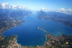 Dopo aver rigenerato corpo e spirito immersi nel blu cobalto del Lago di Garda c'è il tempo per godere dei prodotti locali...surfing, bike, free climbing...