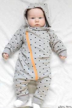 eilen tein Baby Outfits, Kids Outfits, Baby Girl Fashion, Kids Fashion, Kids Frocks Design, Baby Diy Projects, Boy Girl Twins, Baby Co, Baby Kind