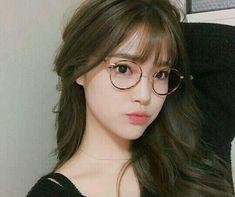 >`ulzzang girl cute`< [bahcott:v] Last post😚 Ulzzang Girl Fashion, Style Ulzzang, Ulzzang Korean Girl, Pretty Korean Girls, Cute Korean Girl, Cute Asian Girls, Cute Girls, Korean Girl Image, Korean Bangs