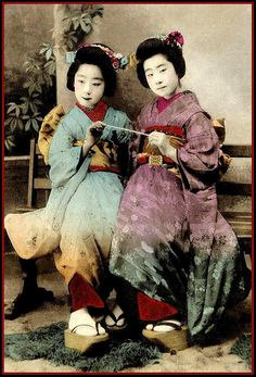"FRIENDS FOREVER in OLD JAPAN by Okinawa Soba, via Flickr.  This must be the Japanese ""White String of Friendship"" for girls.  Photo is a late-Meiji era hand-colored collotype image"