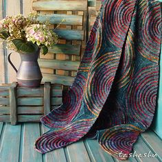 Ravelry: Aurora Borealis pattern by Svetlana Gordon Loom Knitting, Knitting Stitches, Hand Knitting, Knitting Scarves, Yarn Projects, Knitting Projects, Crochet Projects, Crochet Ideas, Knitted Afghans