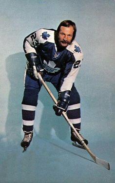 ImageShack - Best place for all of your image hosting and image sharing needs Boston Bruins Hockey, Women's Hockey, Hockey Cards, Hockey Decor, Maple Leafs Hockey, Hockey Pictures, Goalie Mask, Star Wars, Ice Rink