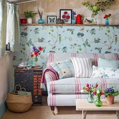 Casinha colorida: TOP 10: salas de estar em estilo cottage