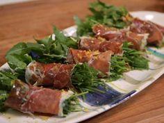 Rúcula, Jamón Crudo y Parmesano! Una entrada imperdible http://chuparselosdedos.com.ar/2013/11/ensalada-de-rucula-jamon-crudo-y-parmesano/