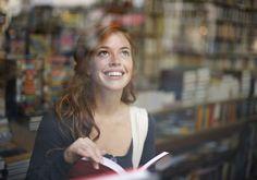 Lire fait vivre plus longtemps (et rend plus séduisant) - Elle