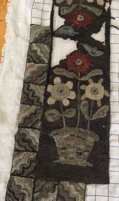 Here's another look at what I've hooked so far on the new runner pattern. Wool Mats, Color Plan, Rug Hooking Patterns, Hand Hooked Rugs, Penny Rugs, Quilted Pillow, Punch Needle, Traditional Rugs, Cool Rugs