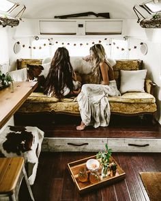 16 ideas trailer remodel interior glamping for 2019 Airstream Remodel, Trailer Remodel, Airstream Decor, Airstream Interior, Airstream Living, Camper Life, Camper Van, Happier Camper, Bus Life