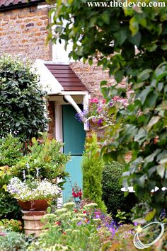 #country #garden in #Earls Barton