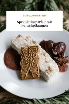 Simple speculoos parfait with punch plums {Christmas dessert} Dessert Recipes For Kids, Dessert Dips, Desserts For A Crowd, Healthy Dessert Recipes, Easy Desserts, Smoothie Recipes, Cookie Recipes, Snack Recipes, Grilling Recipes