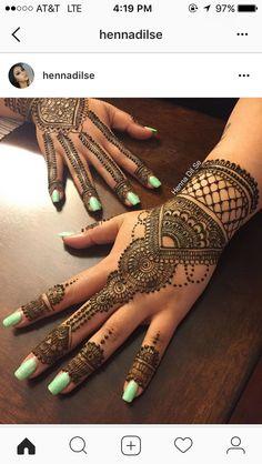 Finger Tattoo Designs, Finger Tattoos, Henna Tattoos, Henna Mehndi, Mendi Design, Henna Plant, Stylish Mehndi Designs, Mehndi Style, Black Henna