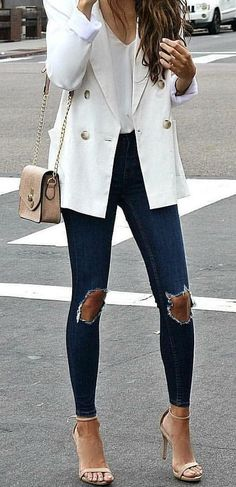 #spring #outfits woman wears white blazer and distressed blue denim jeans. Pic by @customstyle365