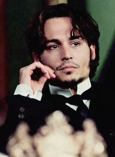 Johnny Depp in From Hell, 2001 Young Johnny Depp, Here's Johnny, Johnny Depp Movies, John Depp, Captain Jack, Best Actor, Mode Style, Gorgeous Men, Actors & Actresses