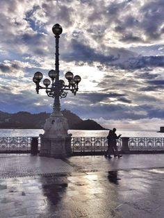 Basque Country, Landscape Paintings, Landscapes, San, Vivo, Movie Posters, Places, Lanterns, Countries