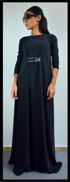 Long dress / Black maxi dress / Elegant by ClothesByLockerRoom Dressy Dresses, Modest Dresses, Sexy Dresses, Cute Dresses, Summer Dresses, Elegant Dresses, Evening Dresses, Prom Dresses, Black Maxi