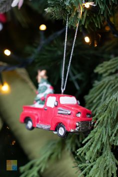 #redtruck #redandgreen #redchristmasdecor #greenchristmasdecor #rusticchristmas #christmas #christmastime #christmasseason #christmasvibes #christmasspirit #christmasdecorating #christmasdecor #christmasdecorations #christmashome #christmasinspiration #christmasinspo #vermeersgardencentre