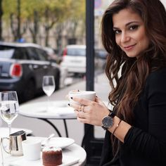 Enjoying coffee and dessert at a local cafe! One of my favorite things about Paris is that even when the temperature continues to drop people still sit outside because of the giant heat lamps!  I'm super excited to bring you a special discount on my @danielwellington watch use promo code PETITEINPARIS to get an additional 15% off your purchase at http://ift.tt/RvnR40 check out their great bundle deals! #danielwellington #dwforeveryone