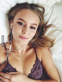 Zara Larsson, a swedish singer. she's a half bright feminist but she's only 17 so it's okey, your welcome guys ;)