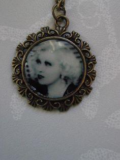 Mae West Bronze Cameo Pendant £4.00