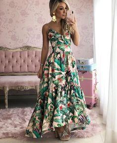Star Fashion, Womens Fashion, Most Popular Instagram, Only Girl, African Dress, Santa Marta, Party Dress, Glamour, Formal