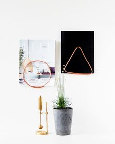 I'm back on the office hunt tomorrow morning. I'm learning a lot and looking forward to finding the perfect space. In the mean time I am getting some office DIY inspiration over on the blog today. Click the link in my profile to see more like these gorgeous magazine holders by @monsterscircus