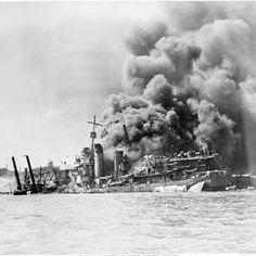 Ile pancerników całkowicie utracono w wyniku ataku na Pearl Harbour? Dwa.  W bazie Pearl Harbour znajdowało się osiem pancerników w trakcie ataku i wszystkie zostały uszkodzone, w tym aż cztery poszły na dno. Ale dzięki temu, że znajdowały się w płytkim basenie portowym, możliwe było podniesienie dwóch z nich i naprawienie czterech. Po naprawach sześć pancerników wróciło do służby.
