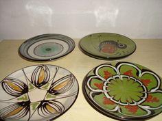KÄHLER fade. D: 10 cm. År ca./year about 1950s. Sign: HAK. From www.klitgaarden.net. #Kahler #HAK #keramik #ceramics #pottery #danishdesign #nordicdesign #klitgaarden. SOLGT/SOLD.