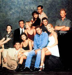 The cast of 90210 💜💜💜 Beverly Hills 90210, Jason Priestley, Jennie Garth, Luke Perry, Old Love, Beautiful Soul, Childhood Memories, Favorite Tv Shows, Movie Tv