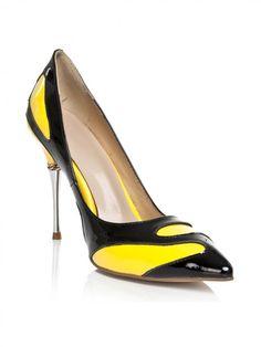 Women's Stiletto Heel Closed Toe With Chain High Heels