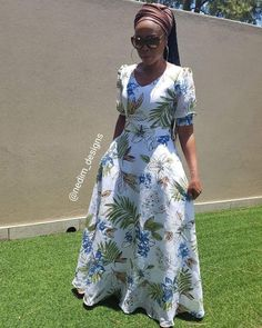 African Maxi Dresses, African Fashion Ankara, African Dresses For Women, African Attire, African Wear, African Style, Cute Dress Outfits, Modest Outfits, Stylish Dresses