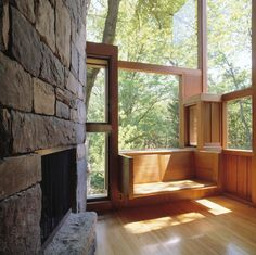 Living-room of the Norman and Doris Fisher House, Hatboro, Pennsylvania, Louis Kahn, 1960–67 © Grant Mudford