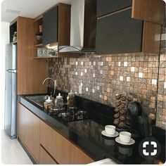 Top Kitchen Colors For Walls , Paint Color And Ideas Tips! 65 Top Kitchen Colors For Walls , Paint Color And Ideas Tips! Kitchen Design Small, Kitchen Colors, Kitchen Decor, Top Kitchen Colors, Kitchen Modular, Modern Kitchen Cabinet Design, Kitchen Furniture Design, Modern Kitchen Design, Kitchen Design