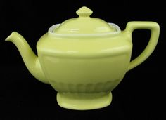Vintage Hall pottery teapot,canary yellow