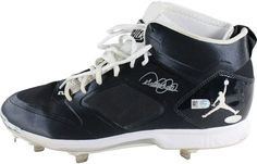 Derek Jeter Signed 2014 Game Used Blue/White/White Cleats (Single) (MLB Auth) Size: 11.5
