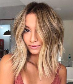 Oval Face Hairstyles, Long Bob Haircuts, Lob Hairstyle, Straight Hairstyles, Stylish Hairstyles, Haircuts For Oval Faces, Shaved Hairstyles, Hairstyle Ideas, Messy Wavy Hair