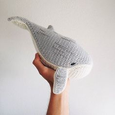 Baby Humpback Crochet Whale Free Pattern - One Dog Woof Animal Knitting Patterns, Crochet Patterns Amigurumi, Crochet Blanket Patterns, Crochet Dolls, Crochet Yarn, Crochet Stitches, Crochet Whale, Cute Crochet, Beautiful Crochet