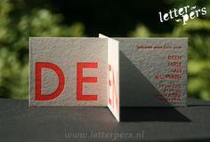 letterpers_letterpress_grijskarton_neon_fluor_grijsboard_geboortekaartje_IMG_2598