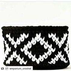 #Repost @emporium_crochet with @repostapp ・・・ P&B ❤️ #boanoite #crochê #crochet #handmade #cestos #cestaria #blackandwhite #feitoamao #feitocomamor #tendência #manual #artesanal #decor #decoracao #scandinavian #instadecor #instadesign #homedecor #homesweethome #detalhes #pretoebranco #fiodemalha #ganchillo #trapillo #ganchillo #yarn #criativo #goodnight #inspiration From @didi_home