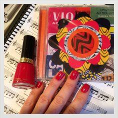Revlon Cherry Berry Nail Polish - esmalte lindo que ganhei da Chris