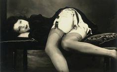 1920s garter girl