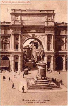 Piazza Vittorio Emanuele oggi della Repubblica foto antecedente al 1932